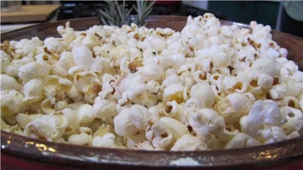 popcorn-romarin-pignons-pin
