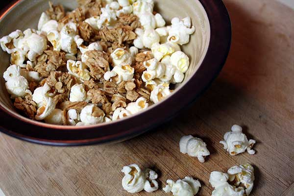 Popcorn-granola-salé